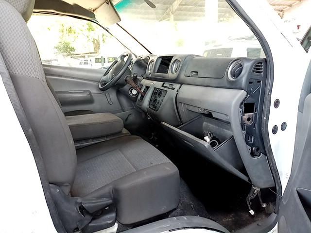 2015 Nissan Urvan NV350  2.5