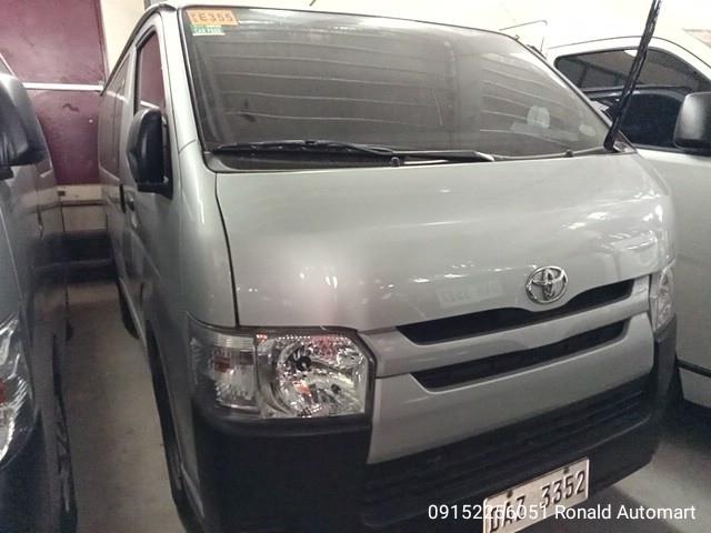 2020 Toyota Hiace Commuter 3.0